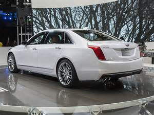 Cadillac Auto News 2016 Cadillac Ct6 Rolls Into The Limelight Kelley Blue Book