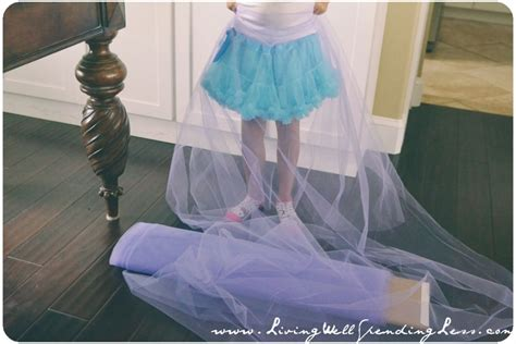 How To Make A Tulle by No Sew Tulle Skirt Diy Skirt