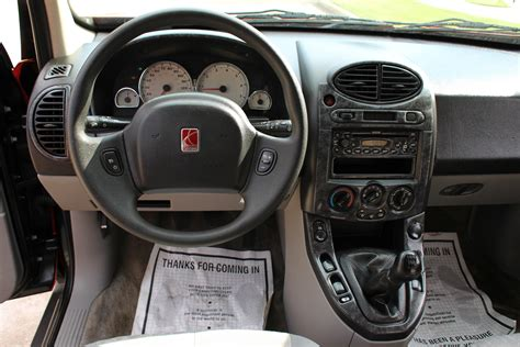 Saturn Vue 2004 Interior by 2004 Saturn Vue Pictures Cargurus