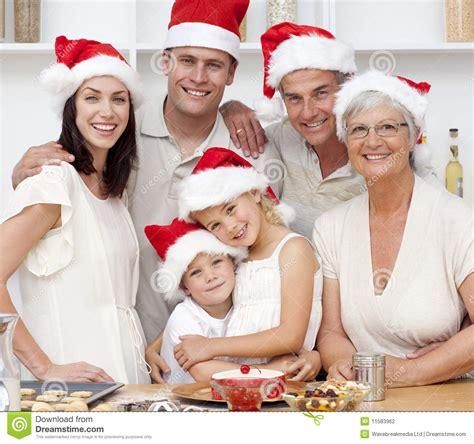 imagenes de navidad familia tortas sonrientes de la navidad de la hornada de la