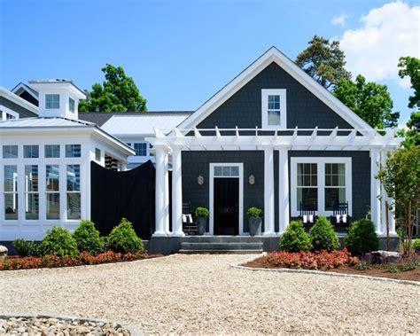 home design exterior color schemes oyster shell driveway exterior color entry pergola architecture coastal craftsman