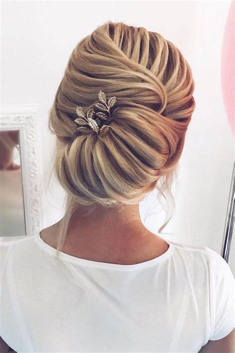 Simple Wedding Hairstyles For Brides by 54 Simple Updos Wedding Hairstyles For Brides 2769354
