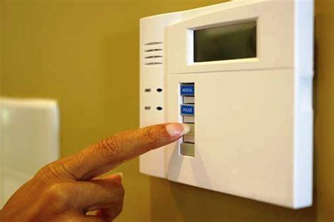 conoce las 10 claves para evitar riesgos al dejar la casa