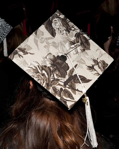 Decorating Mortar Board by 23 Best Images About Mortar Board Decoration Ideas On