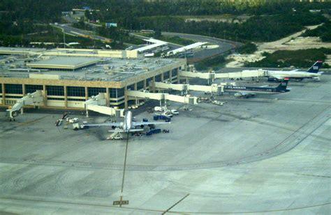 aeropuerto cun canc 250 n international airport