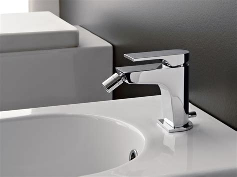 zazzeri rubinetti miscelatore per bidet da piano con flessibile di