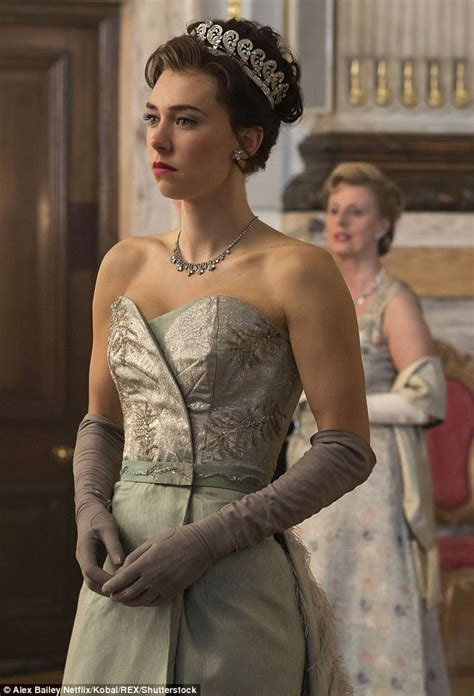 vanessa kirby is she married the crown s vanessa kirby says new season will be darker