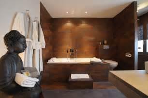salle bain zen carrelage mural pierre naturelle statue spa inspired small bathrooms like bathroom home design ideas