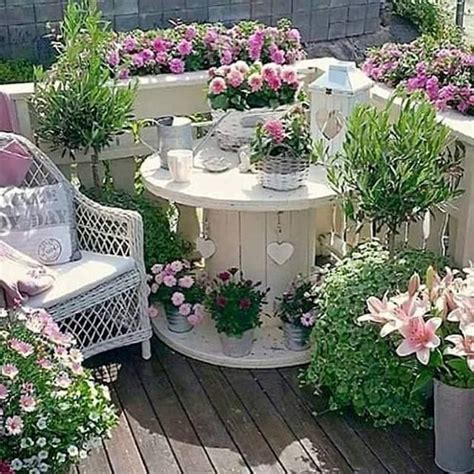 Shabby Chic Garden Ideas Best 25 Shabby Chic Garden Ideas On Shabby Chic Outdoor Furniture Shabby Chic