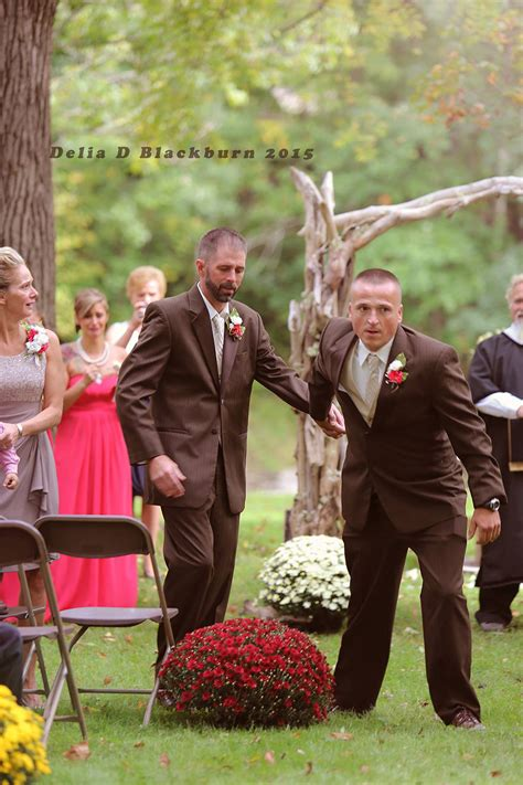 Wedding Aisle Walk by S Stops Wedding To Invite Stepfather To Walk
