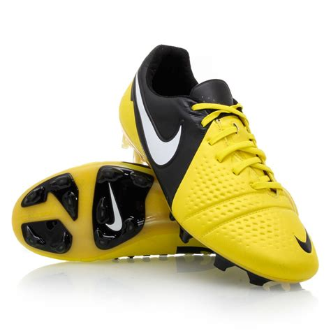 nike shoes of football nike ctr360 maestri iii fg mens football boots yellow