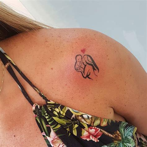 tatuajes de madre e hijos amor de madre e hijo tatuajes para mujeres