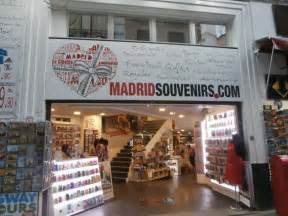 madrid souvenirscom shopping  sol madrid