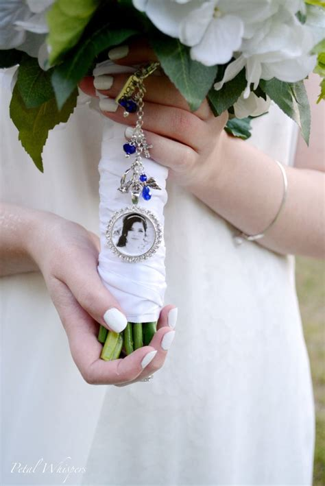 Wedding Bouquet Charms Uk by Best 25 Bouquet Charms Ideas Only On Wedding