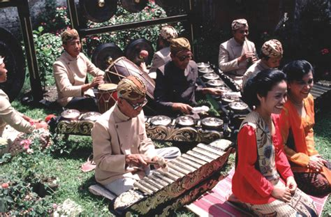 download mp3 bobodoran cangehgar download mp3 kumpulan degung sunda bobodoran sunda euuyyyy