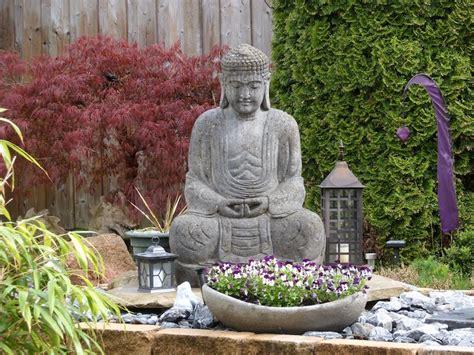 terrasse zen avec bouddha statue de jardin zen le bouddha 233 ternel et l art de d 233 corer