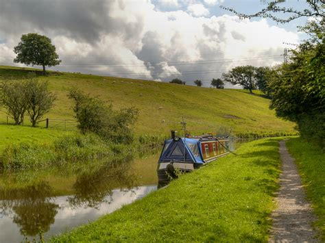 boat mooring leeds moorings leeds liverpool canal images frompo 1