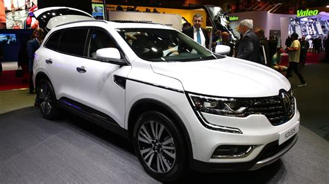renault suv renault koleos suv makes european debut in paris
