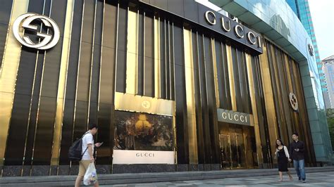 Gucci To Open Six New Stores In China In 2007 by Gucci Store In Shenzhen Luxury Shopping Italian Designer