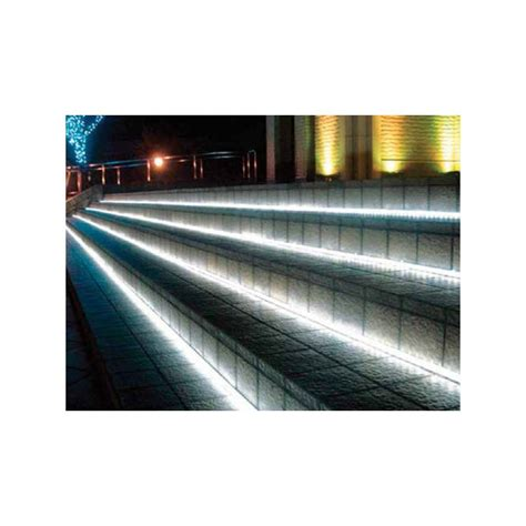 illuminazione striscia led striscia led adesiva per esterni rotolo da 5 m luce fredda