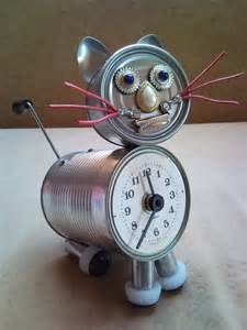 Upcycling Bags - recycled tin can cat clock desk table clock with crank arm tail