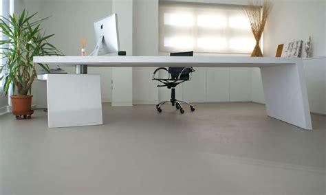 rivestimento pavimento in resina pavimenti in resina rivestimenti in resina colledani