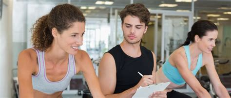 Bewerbungsschreiben Ausbildung Sport Und Fitnesskaufmann Sport Und Fitnesskaufmann Frau Ausbildung Infos