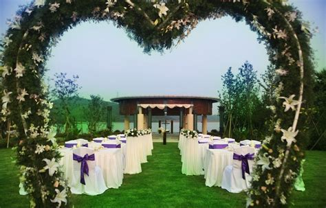 Garden Wedding Decorations Ideas Outdoor Wedding Decorations On A Budget 99 Wedding Ideas