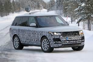 a tiny facelift for range rover s model in 2017 by