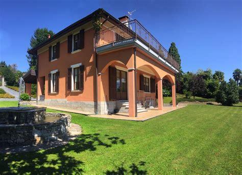 giardino villa ville con giardino