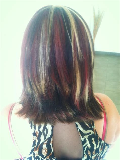 chunky red blonde and brown highlight pictures hair ideas for next hair color or cut chunky red brown and