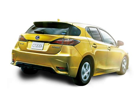 lexus pakistan lexus ct200h version c in pakistan ct200h lexus ct200h