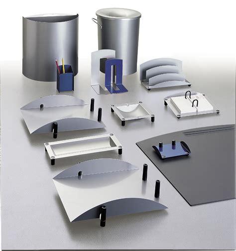 accessoires bureau les accessoires de bureau seloma amenagement mobilier