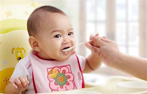 film untuk bayi psikologi memperkenalkan makanan untuk anak bayi usia enam bulan