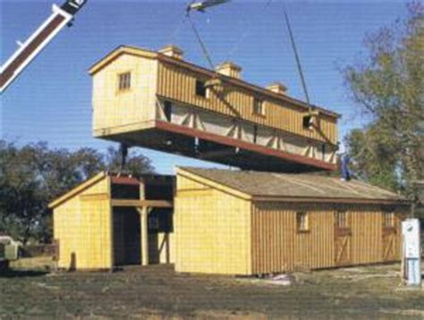 Garage With Apartment Above Farm Show Horse Barn Goes Up In A Day
