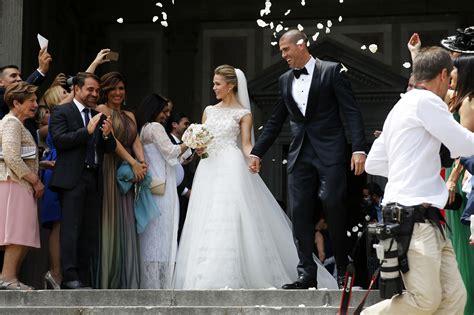 imagenes religiosas barcelona as 237 ha sido la rom 225 ntica boda de v 237 ctor vald 233 s y yolanda