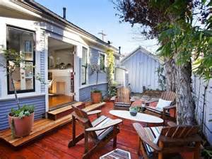 Bungalow Backyard by 17 Best Images About Bungalow Backyards On Green Roofs Craftsman And Decks