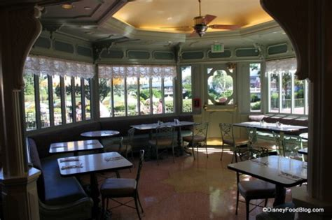 review plaza restaurant magic kingdom