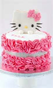 best 25 hello kitty birthday cake ideas on pinterest hello kitty cake hello kitty cupcakes
