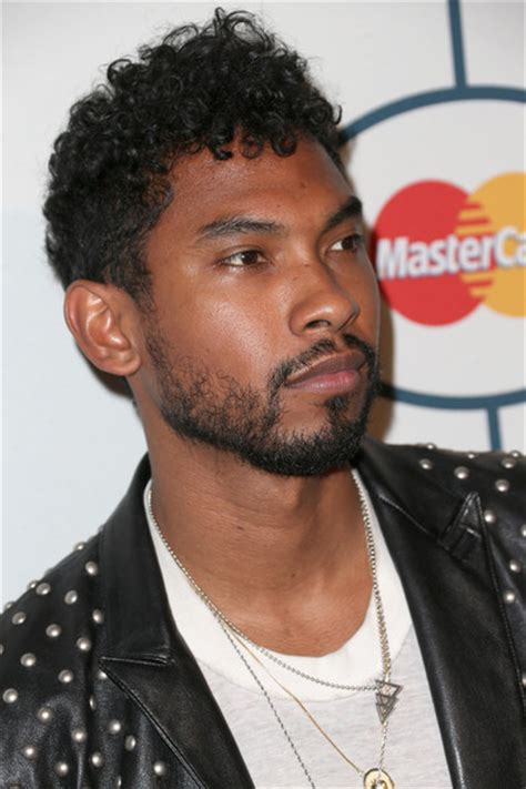 singer miguels hair miguel pictures the 56th annual grammy awards pre