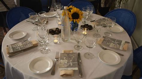 inexpensive wedding rehearsal dinner ideas rehearsal dinner centerpieces decoration ideas using