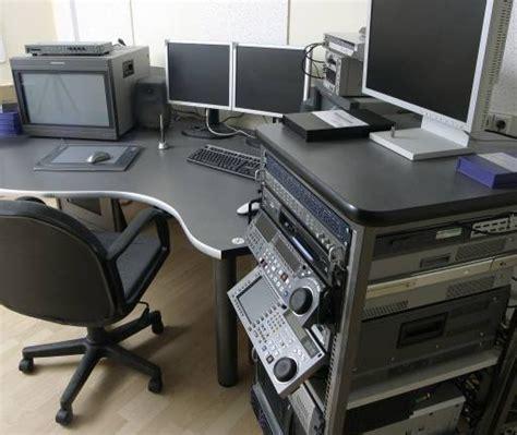 schreibtisch büro pixwords das bild mit computer computer b 195 188 ro sessel