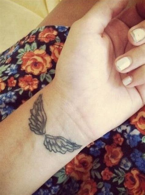15 angel wing tattoo designs to try pretty designs