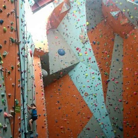 quay climbing centre picture   quay climbing