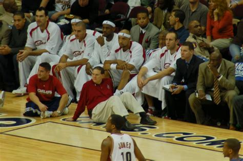 file cavs bench nov 2006 jpg wikimedia commons