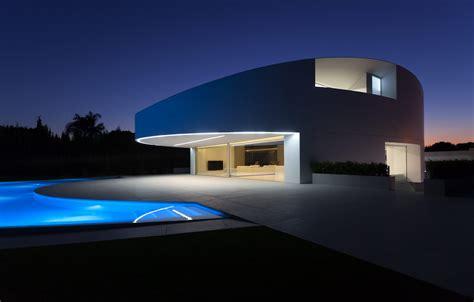 balint house fran silvestre arquitectos archdaily