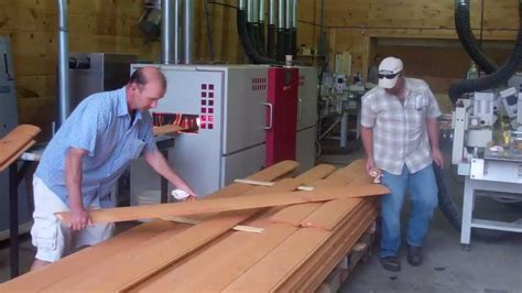 log siding machine staining 2x8 log siding with infrared stain machine