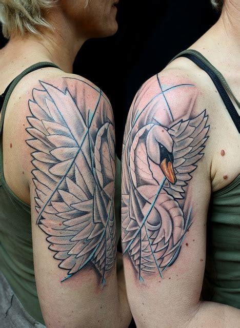 tato gambar bintang di dada free photo tattoo swan shoulder free image on pixabay