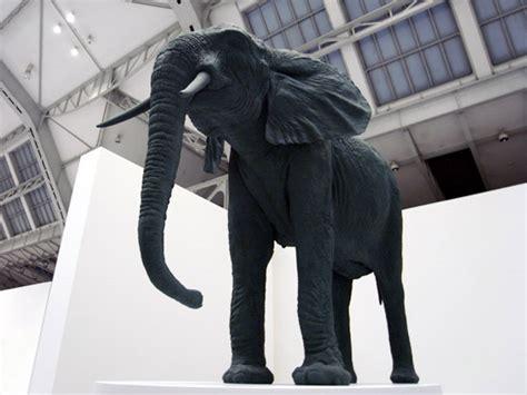 designboom elephant katharina fritsch at the deichtorhallen part ii