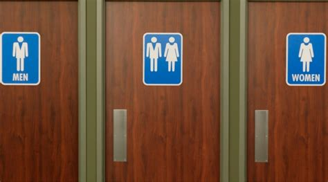 unisex bathrooms in california california assembly passes gender neutral bathroom bill